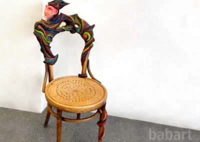 V E R K A U F T | Stuhl und Skulptur in Mischtechnik